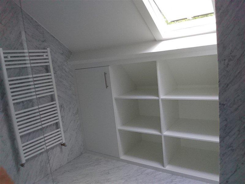 Badkamer Schuin Dak : Badkamer met schuin plafond spotjes badkamer badkamer met schuin