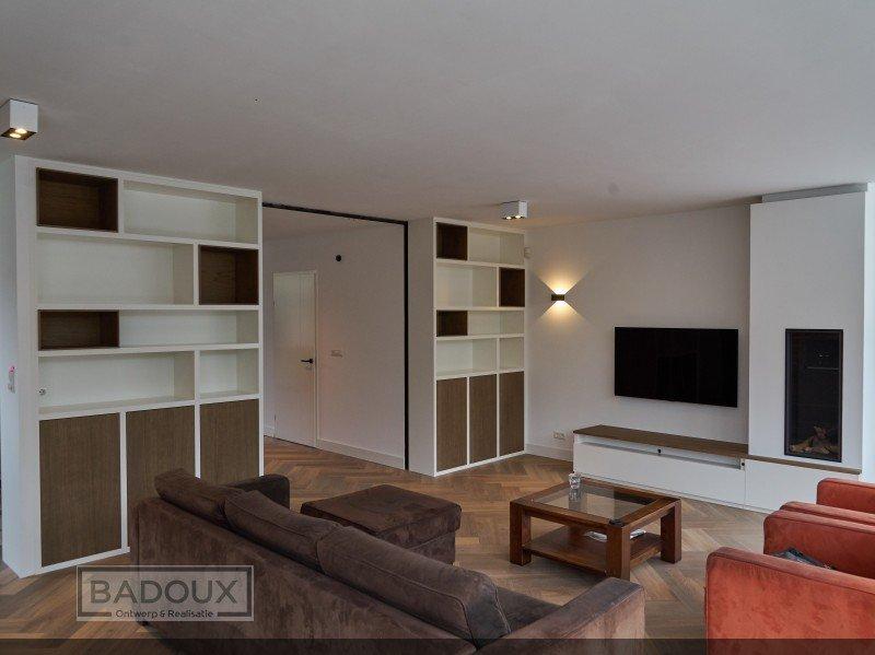 Boeken + TV kast wit & eiken